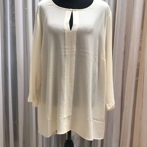 Rose & Olive NWT Blouse Size 2x Color Vanilla